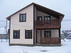 В  продаже дом из бруса.