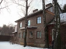 Продаю  3-х эт жилой дом