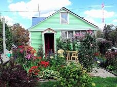 Участок  с летним домом