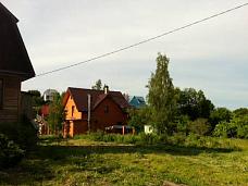 Дом  с бетонным подвалом