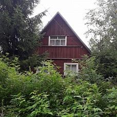 Продаётся  дача в Выборгском р-н у озера