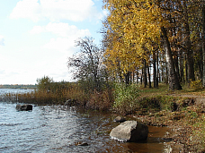 18  соток вблизи Озера