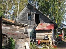 Дом  в центре поселка