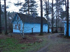 Дом  на 1-й линии от озера